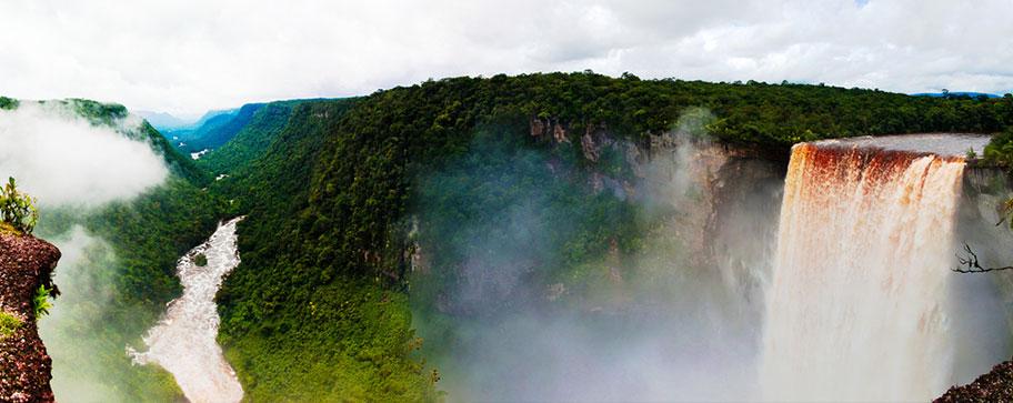 Guyanas Reisetipps Kaieteur-Wasserfälle